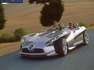 Modern Design Mercedes-Benz F400 Carving Concept Car