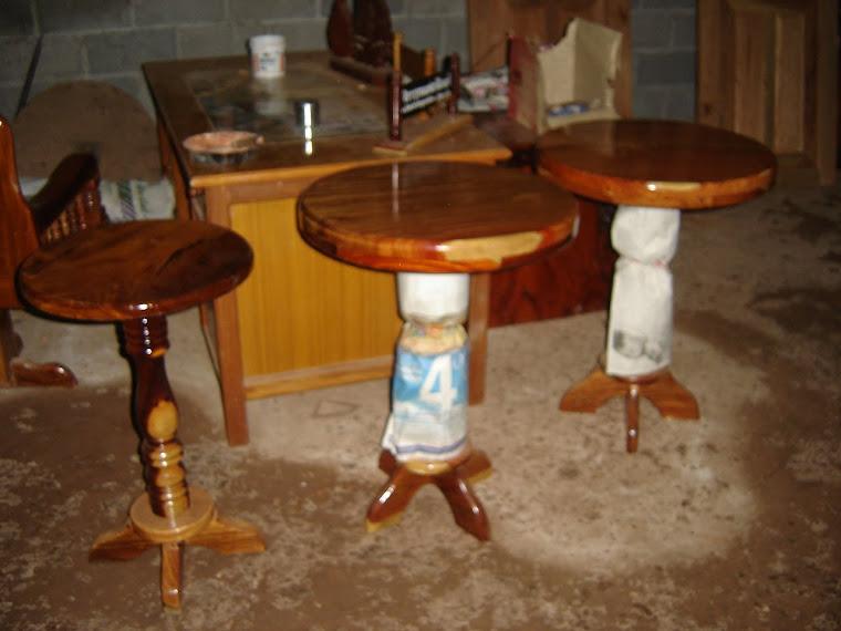 โต๊ะกลมเล็กอเนกประสงค์