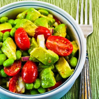 Avocado, Tomato, Edamame, and Red Onion Salad