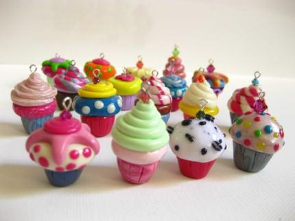 [cupcakes+pendentes.jpe]