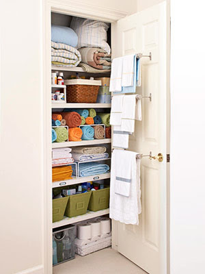 linen closet organization