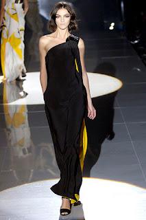 vestido negro con bolsillos