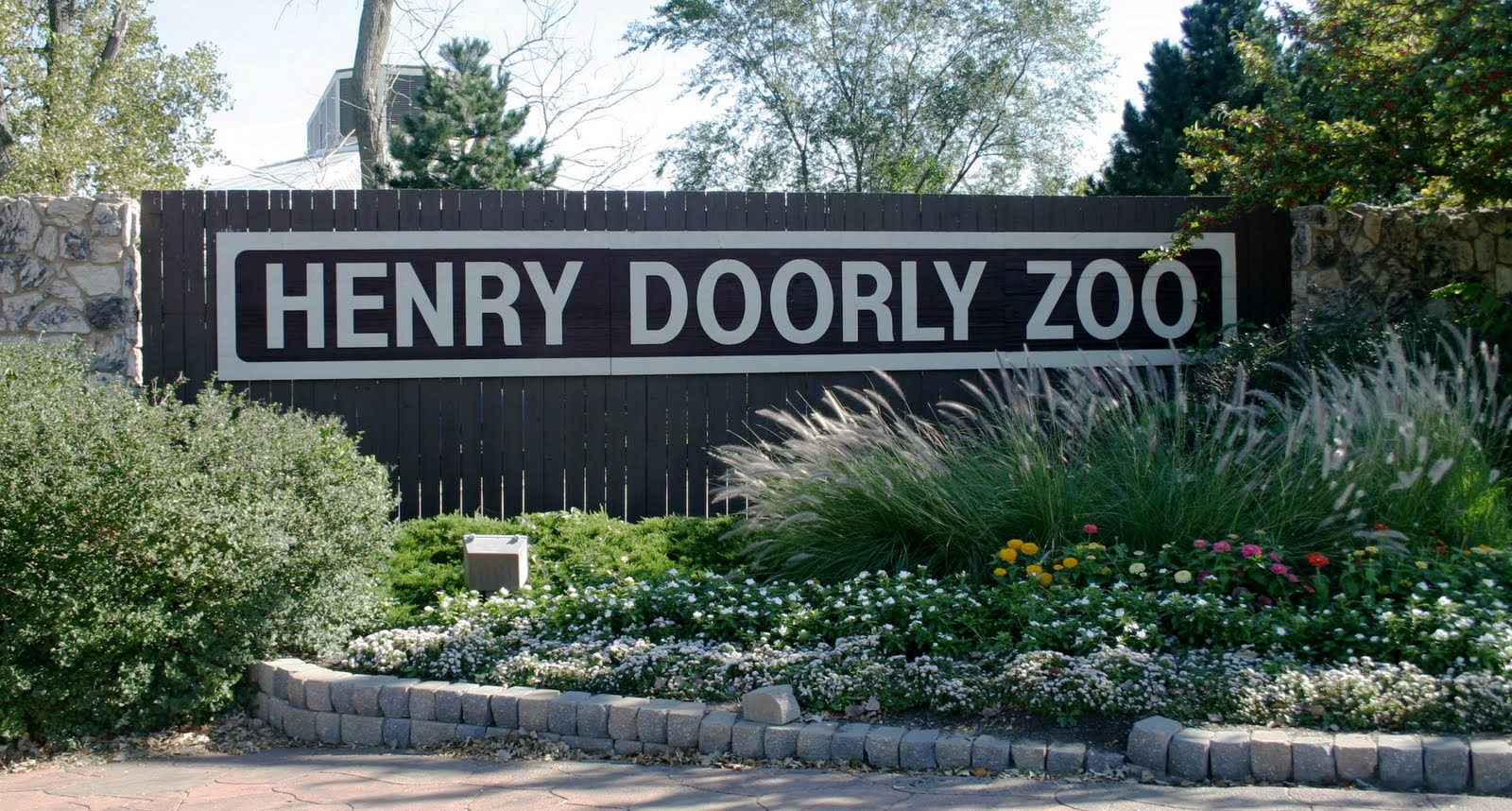 Let Me Blow Your Mind: Recommended: Henry Doorly Zoo Henry Doorly Zoo