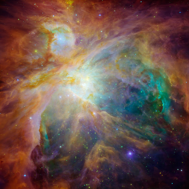 NASA's Spitzer and Hubble picture the heart of the Orion Nebula