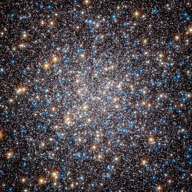 Hubble captures the core of M13, the Hercules Globular Cluster