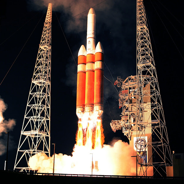 A Delta IV Heavy rocket lifts off with classified payload NROL-26