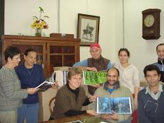 LOS INVITAMOS Y LES AGRADECEMOS A TODOS Y A TODAS , 27 MAYO 2010