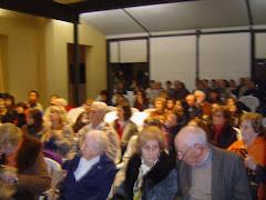 nos acompañaron ex alumnos y docentes , así como descendientes de Don Daniel Armand Ugon. 3-6.010