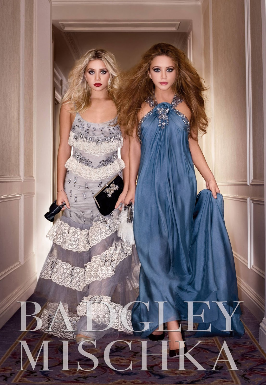 http://1.bp.blogspot.com/_s5f7btuhJwk/TQpp9jyLlDI/AAAAAAAAAd4/WWv5Joj34Cs/s1600/mary-kate+and+ashley+olsen+for+badgley+mischka+ad+campaign.jpg