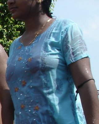 A2Z Picture: update frequently: Mallu aunty wet boobs