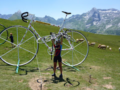 Amb la bici a la fi del món