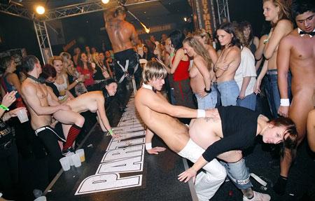 вечеринки порно клубов
