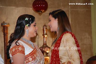 MalluMovie World Bhavana At Kavya Madhavan Wedding Reception PhotosPicturegallery