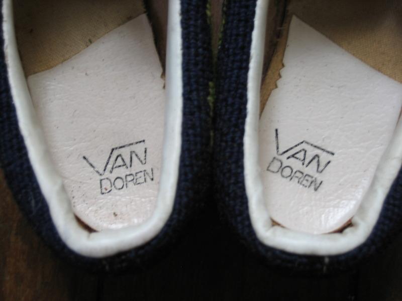 http://1.bp.blogspot.com/_s77XPQZjRl0/TG6_xokeYRI/AAAAAAAAHk4/-ALVt4cML2Y/s1600/van+doren+4.jpg