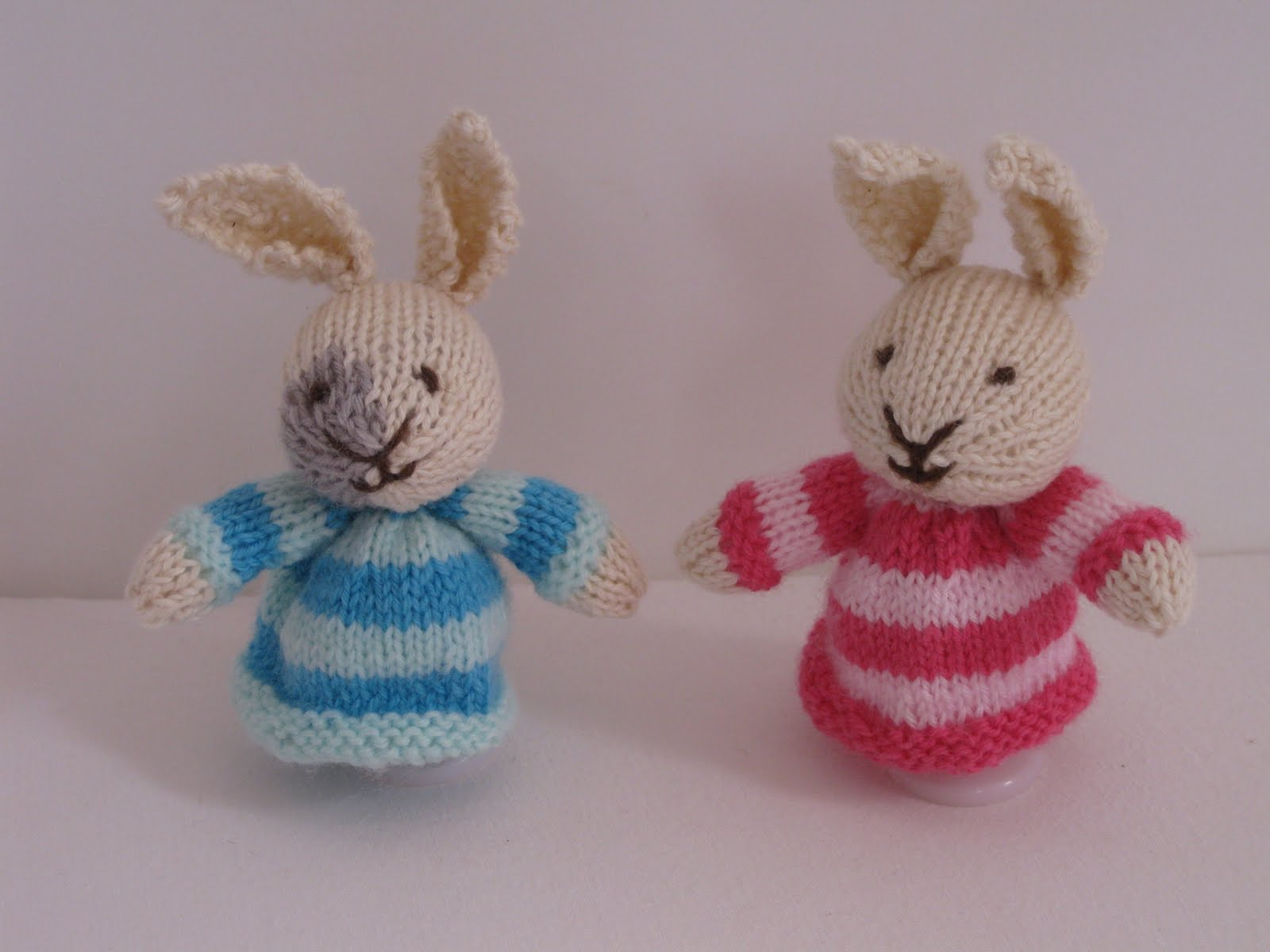 Easter Bunny Knitting Pattern : Knit, Sew and Grow: Easter Bunny