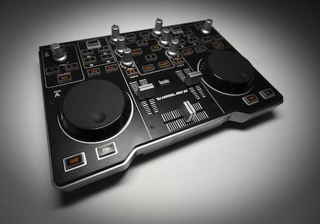 Todo para el dj aficionado hercules dj control mp3 e2 la - Table de mixage hercules dj control mp3 e2 ...