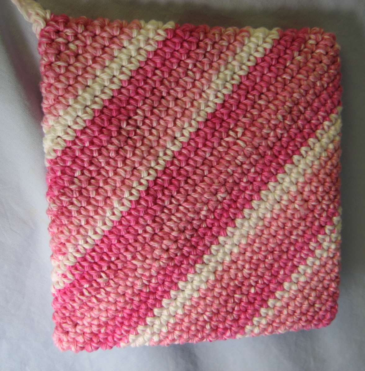 Knitted Potholder Pattern Double : Hooked on Needles: Crocheted Hot Pad/Potholder - Its double thick!