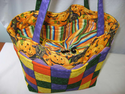 Halloween Tote Bag ~ Finished!