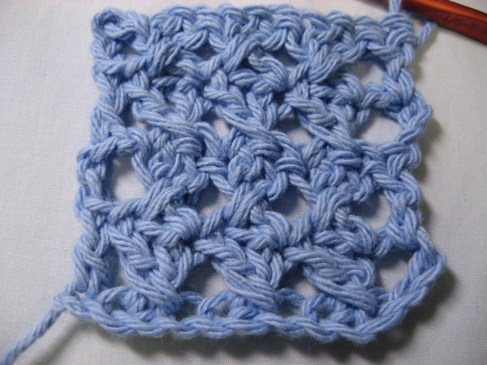 Crocheting Double Stitch : double crochet pattern only uses two basic stitches, the chain stitch ...