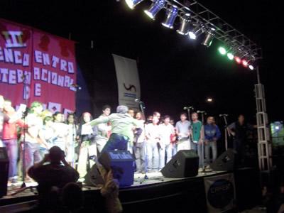 todos en el escenario