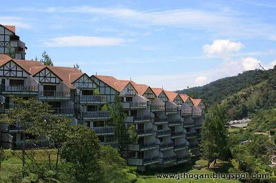 Strawberry Village Apartments