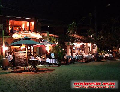 nightlife in Vientiane