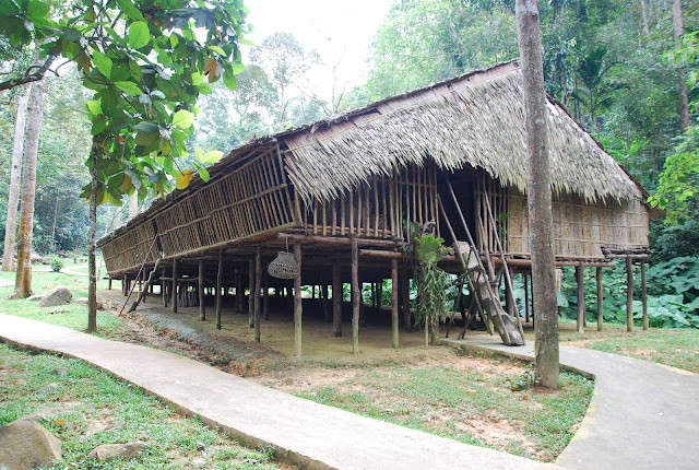 Photo of Rungus Longhouse