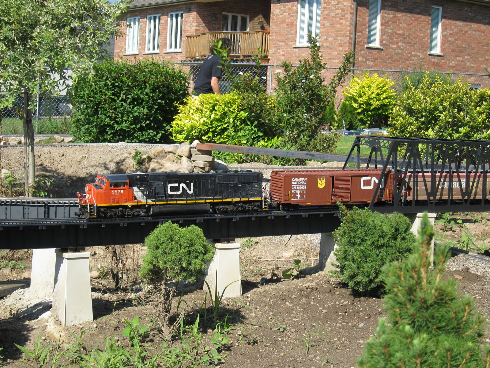 G-Scale Train Fun Our Visit To Winona Garden Railway - Part 1 - 07-17-2010