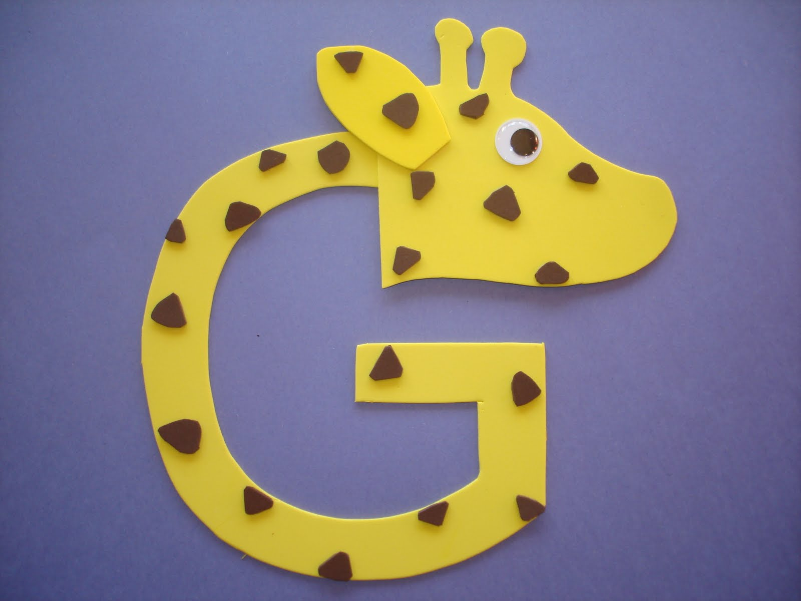 """Play and Learn with Dana: Letter """"G"""" Giraffe"""