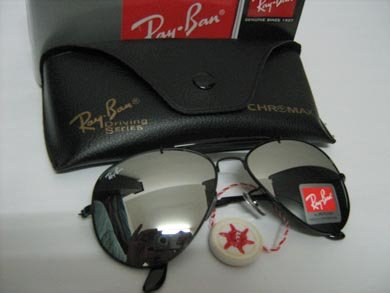 Ray Ban Black Mirrored Aviators
