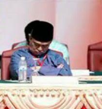 Abdullah Badawi sleeping 1