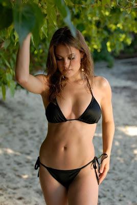 Amy davis bikini