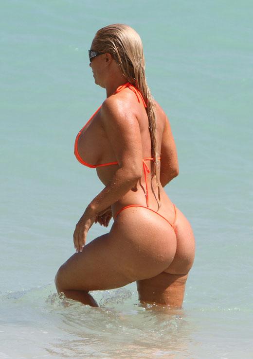 Coco Nicole Austin In Bikini Photo