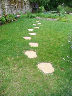 Notre jardin secret pose de pas japonais - Castorama jardin pas japonais angers ...