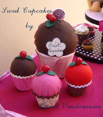 Sweet Cupcakes by Carol Vendramini no feltro!