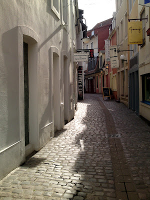 back street, 