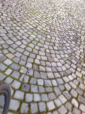 cobbles, wheel