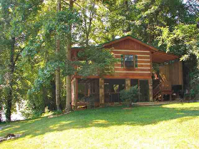 Eight bedroom cabins in gatlinburg tn bedroom furniture for 8 bedroom cabins in gatlinburg