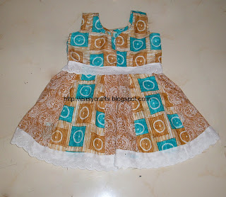 Baby Girls Frocks http://easycrafts.blogspot.com/2011/01/girl-baby-frock.html