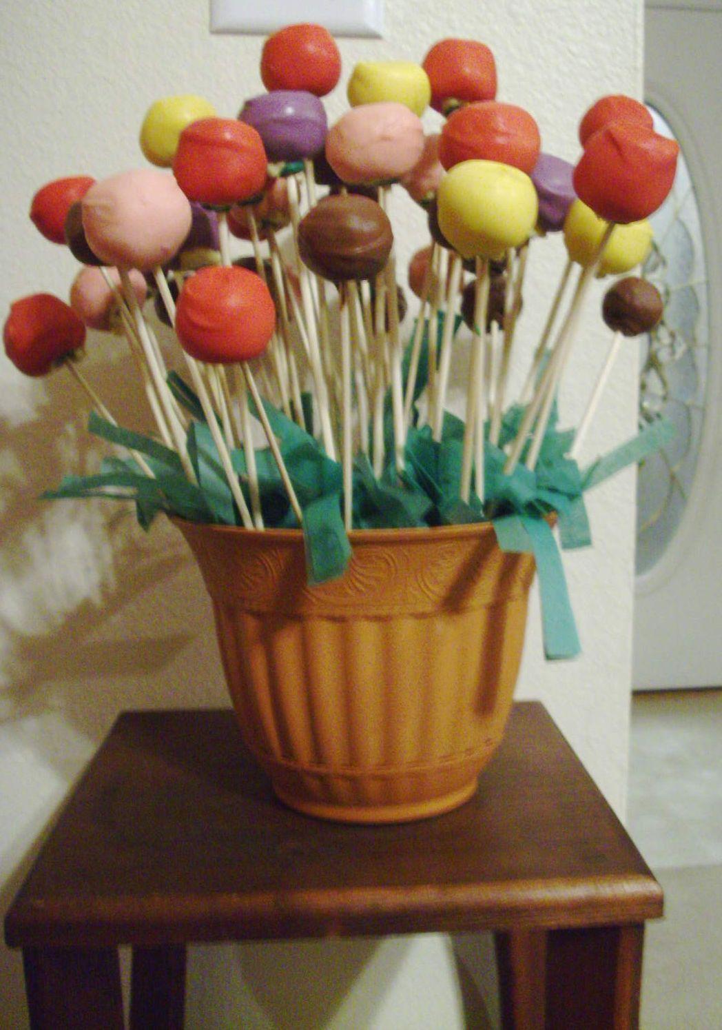 Cupcakes e cakes em santos cake pops pequenino for Cake pops cobertura