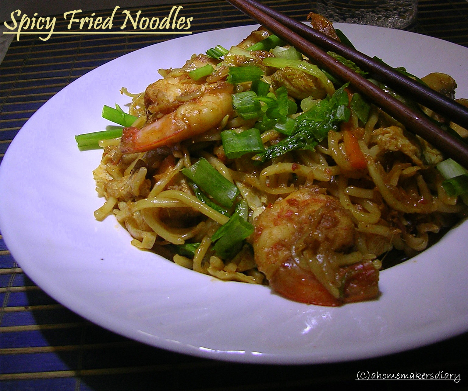 Spicy Fried Noodles/Mee Goreng (well almost) - A Homemaker's Diary