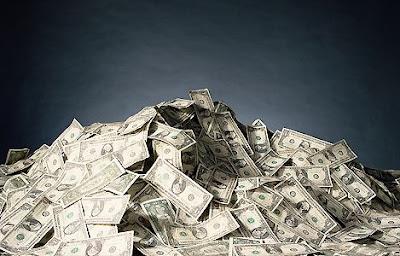 une montagne de dollars