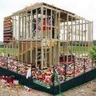 Destruição da casa de lego