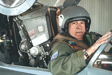 Jobim diz ter aceitado convite de Dilma para Defesa