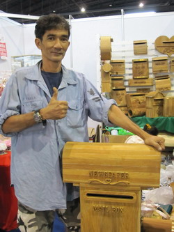 เศษไม้สักไร้ค่า แปรเปลี่ยนเป็นเงินกับผลงานหนึ่งเดียวในไทย 'Johnny Gun'