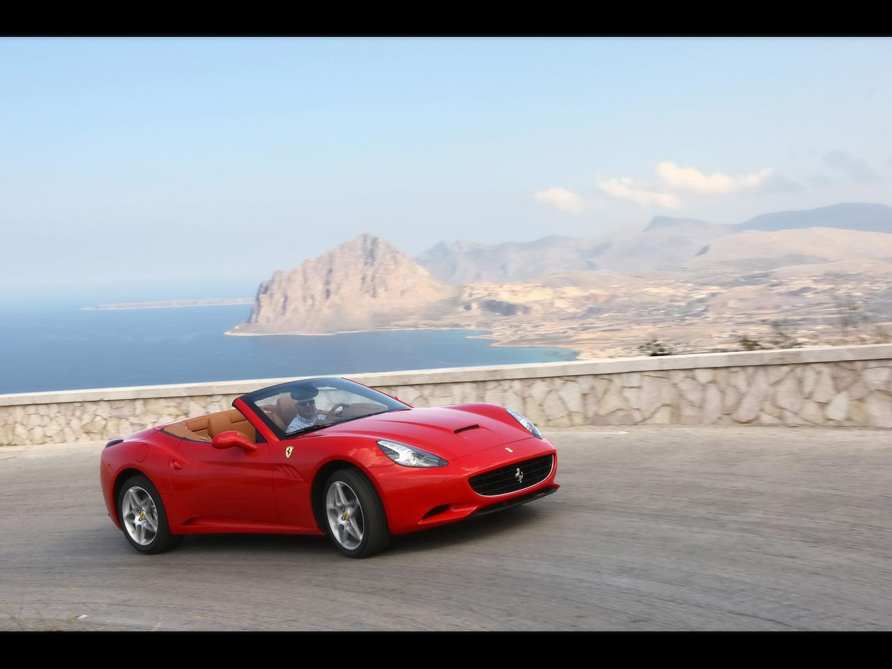 Best Wallpapers: Ferrari California Wallpapers