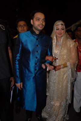 More Ayesha & Farhan reception pics