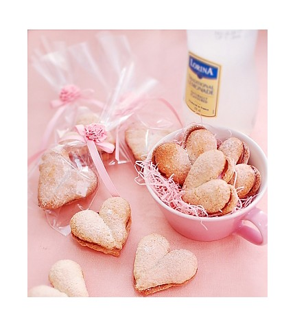 [romanticPINK+on+Etsy+Pink+Rose+String+for+gift+ensemble+wedding+favor+cookie+packages+heart+shaped+cookies+valentine's+day+packaging+ideas+3.jpg]