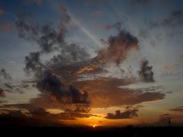 Matahari Terbit, 16 Maret 2009