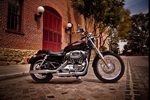 2011 Sportster 200 Low XL1200L Side View